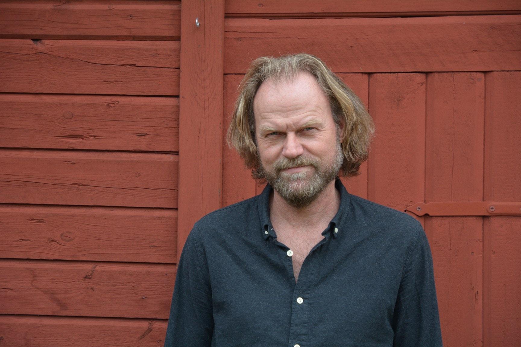 Fas 4 av Hans Gunnarsson i uppläsning av Magnus Roosmann