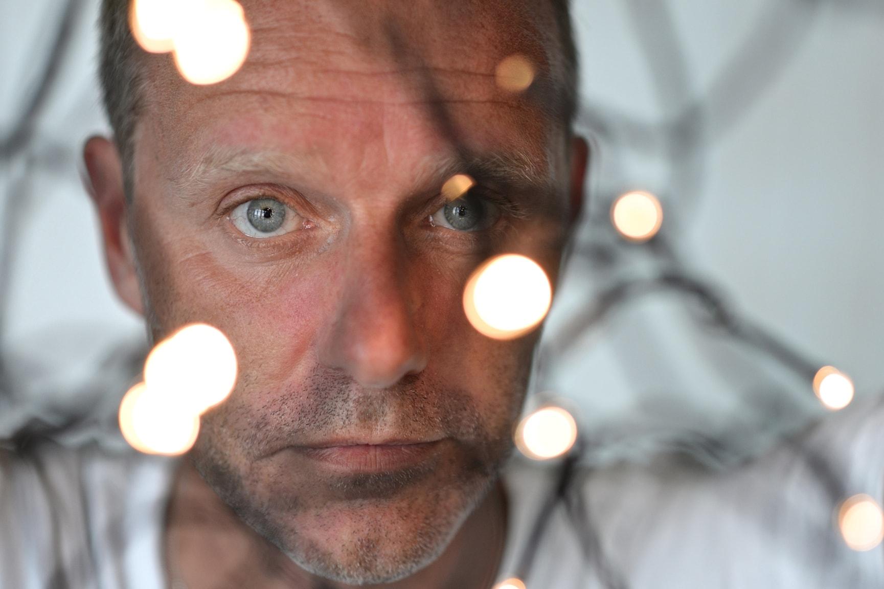 Mörkret varur hjärtat slår av och med John Ajvide Lindqvist