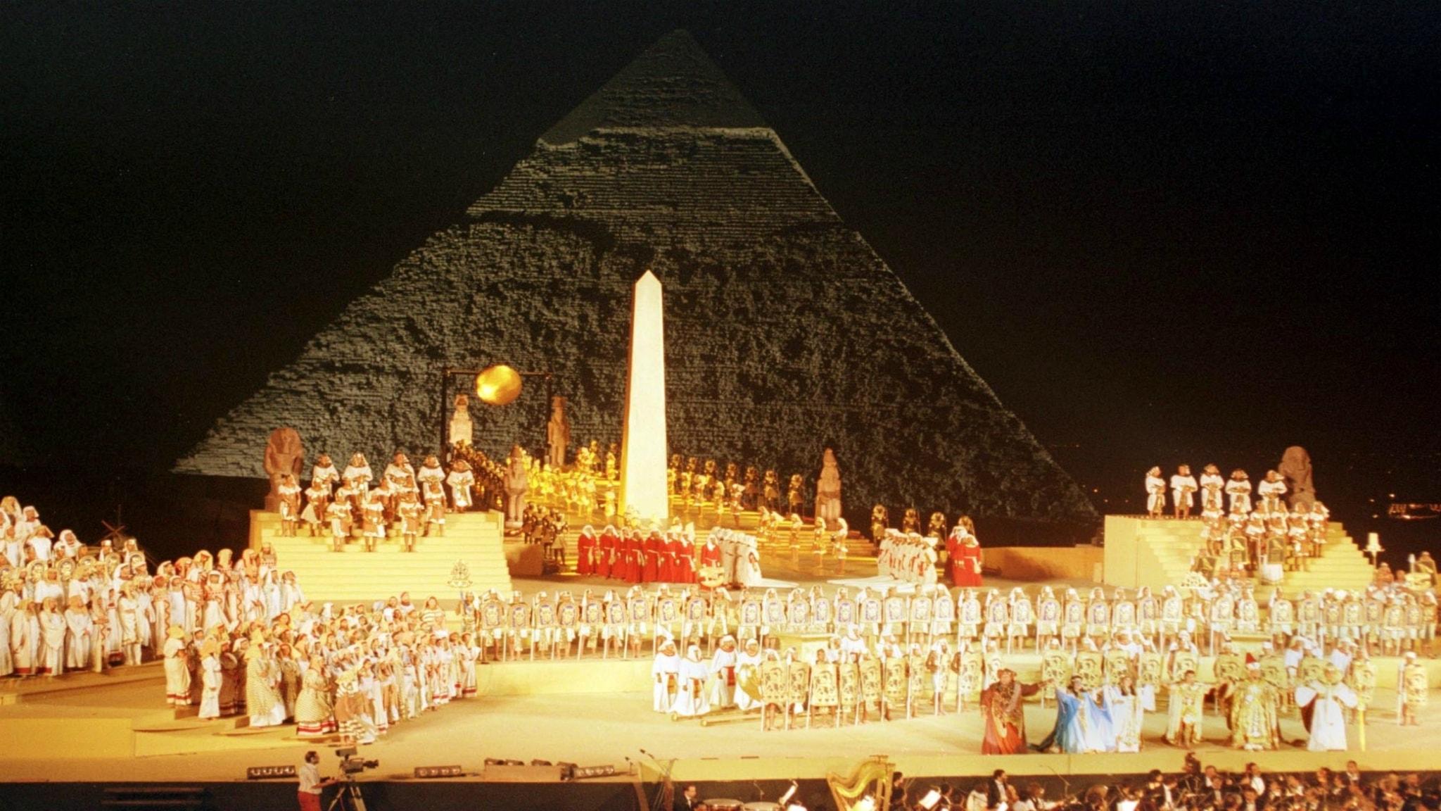 Aida – både ett överdåd av lyx och ett intimt kammarspel