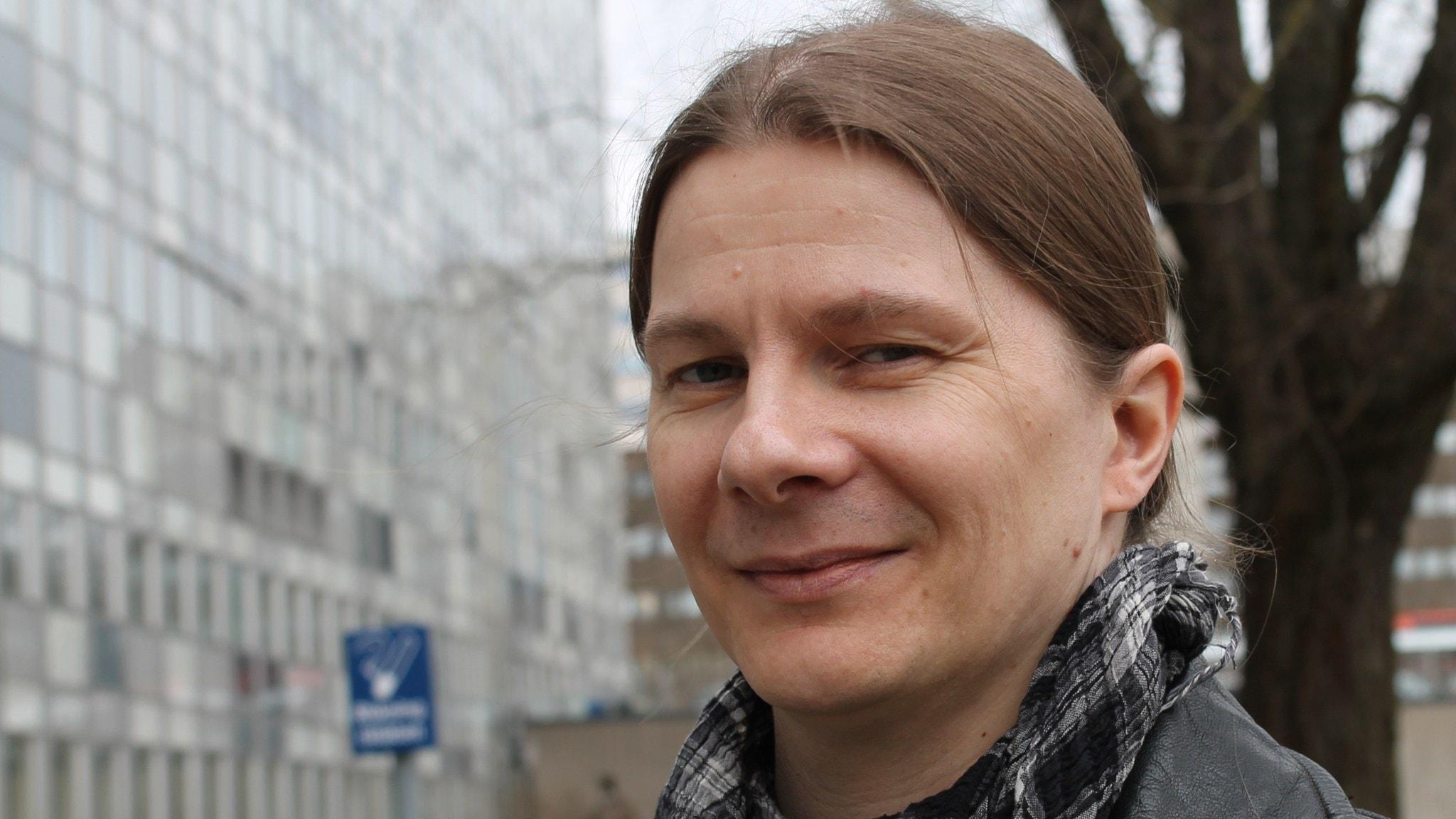 Johan Niskanen kitaran kielellä