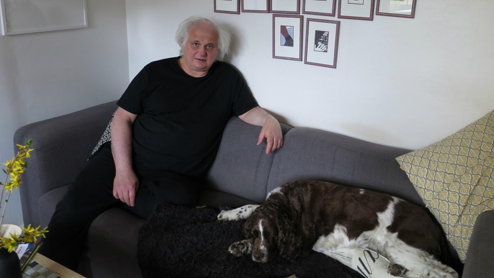 Kulturdjur träffar Göran Greider, katten Tess och hunden Stina