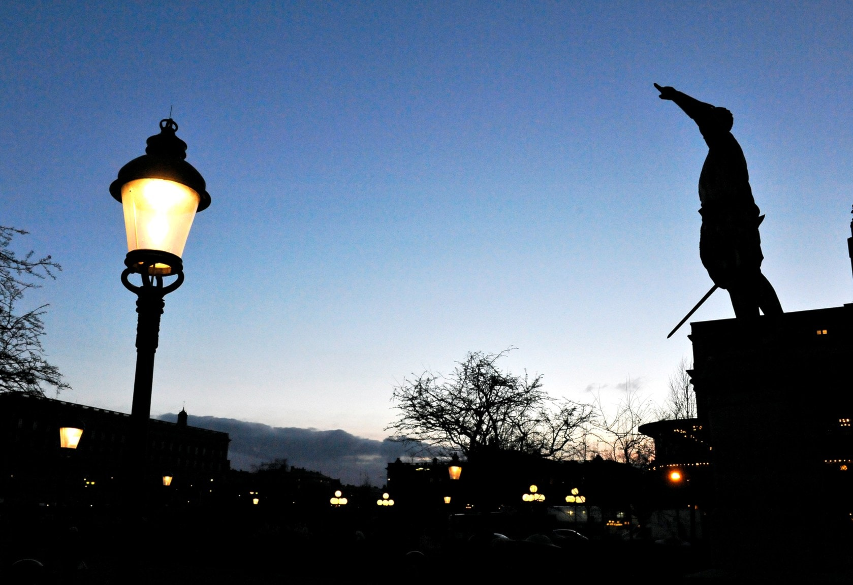 Monument 4: