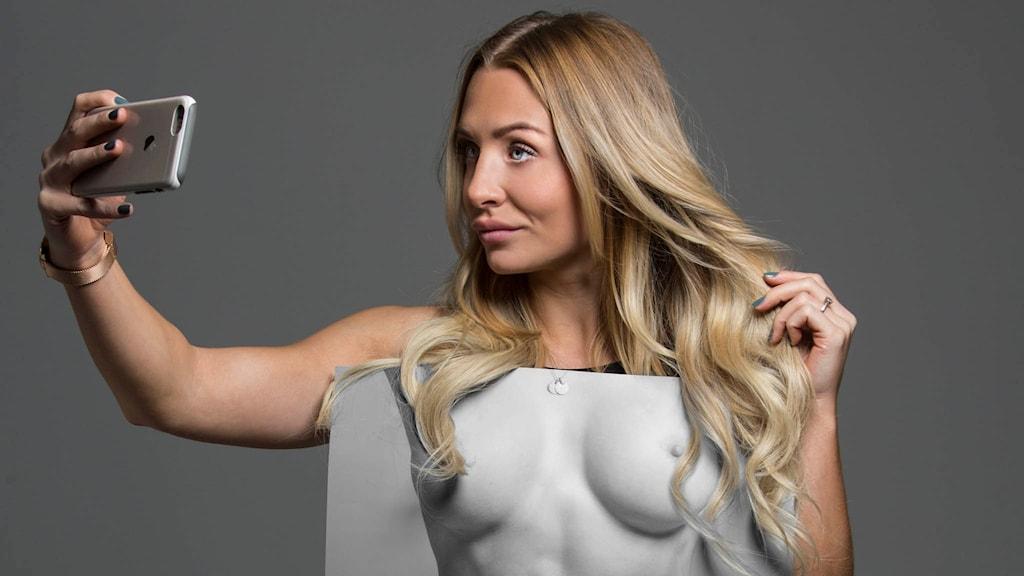 Svenska kändisars bröst