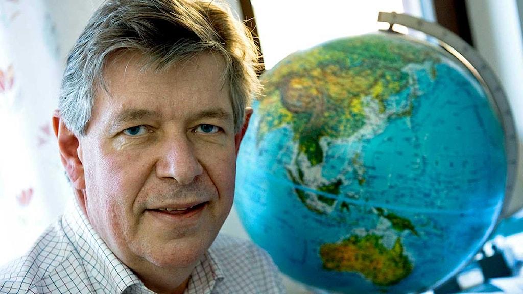 Reynir Bödvarsson, seismolog på Uppsala universitet. Foto: Claudio Bresciani/Scanpix.
