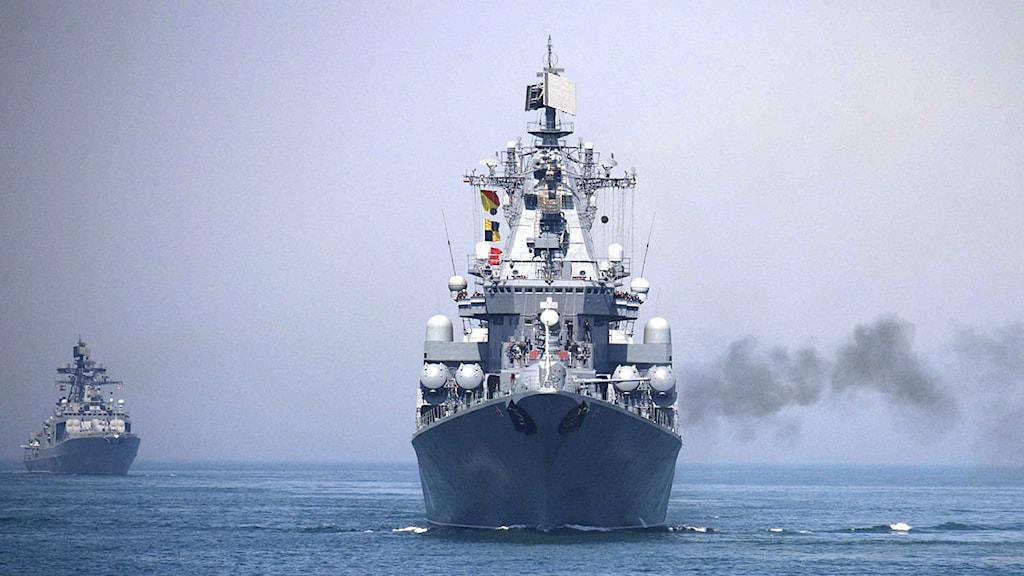 Ett ryskt krigsfartyg deltar i en rysk-kinesisk övning i Gula havet i april 2012. Foto: Wu Dengfeng/Scanpix.