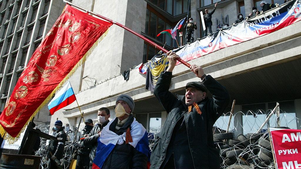 Proryska aktivister intog regeringsbyggnad i Donetsk.