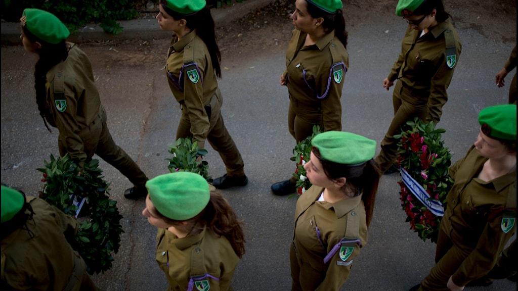 Israeliska soldater, vid en begravningsceremoni i Tel Aviv. Foto: TT
