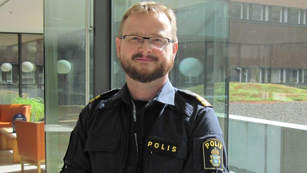 Johan Lönnqvist, kommissarie och införandeansvarig för DNA- registret på Rikspolisstyrelsen.