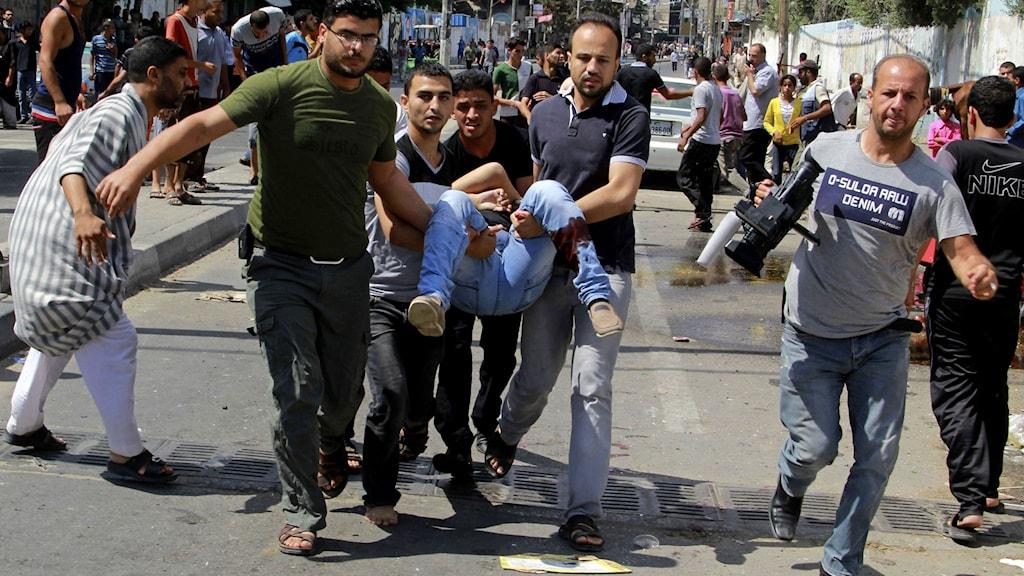Efter attacken mot FN-skolan.