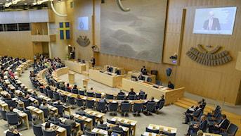 Debatt i plenisalen i Sveriges riksdag. Foto: Pontus Lundahl/TT.