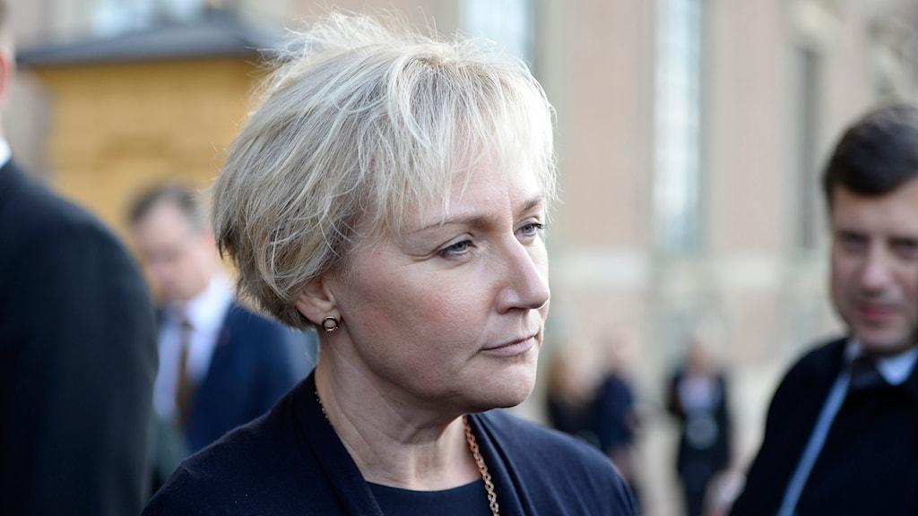 Helene Hellmark Knutsson, högre utbildnings- och forskningsminister, fotograferad på Lejonbacken utanför Stockholm slott i Stockholm. Foto: Maja Suslin/TT.