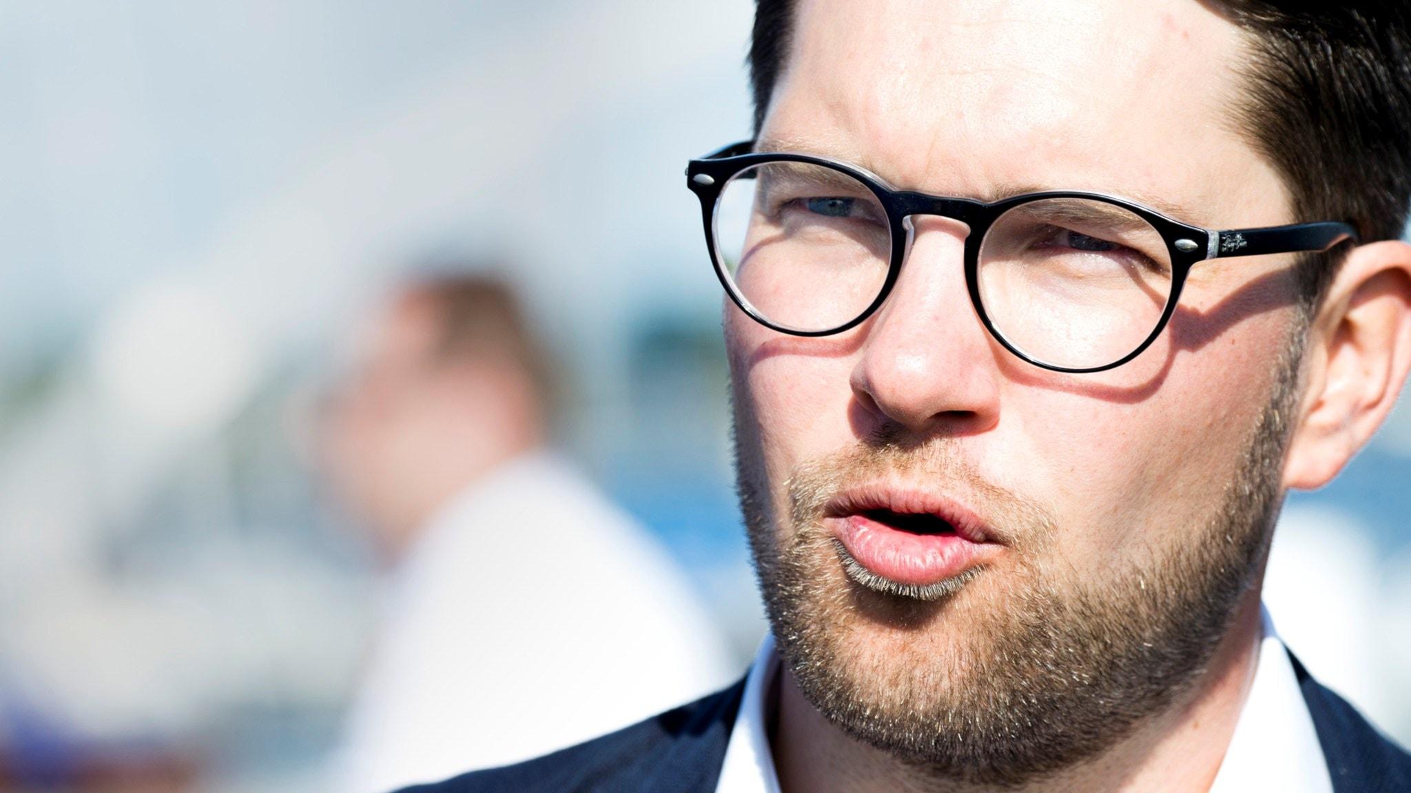 Jimmie Åkesson, blir SD vinnare när flera partier blir vill minska invandringen?