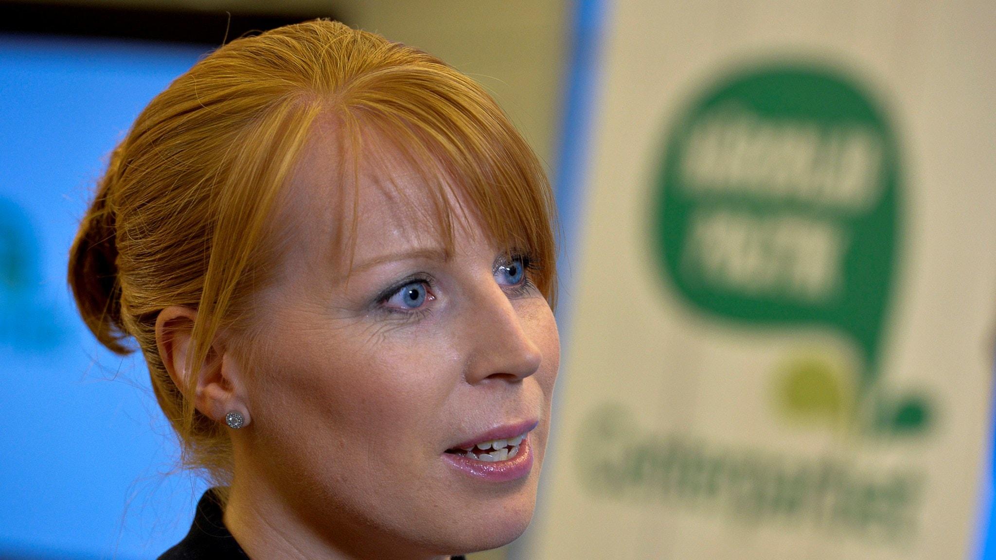 Är centern alliansens flyktingliberala röst, Annie Lööf?