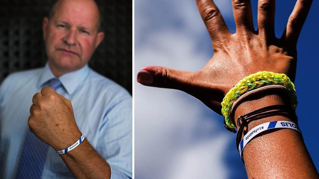 Dan Eliasson, rikspolischef, visar upp armbandet.