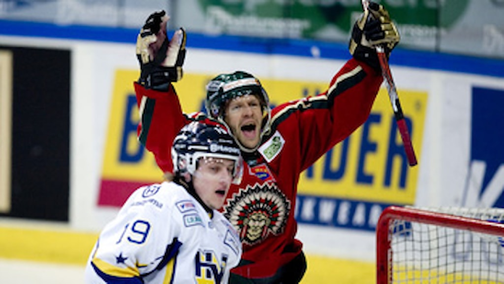 Frölundas Tommi Kallio jublar efter 1-0-målet. Slutresultatet blev 7-3 till Frölunda. Foto: Adam Ihse/Scanpix
