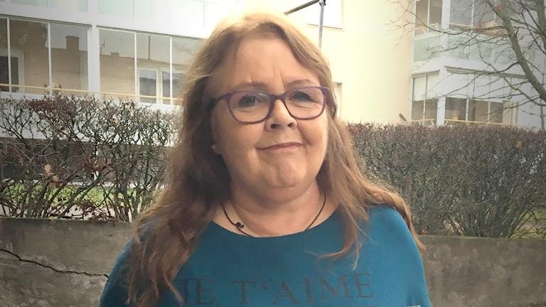 Lena Jonsson, hemlös och faktumförsäljare