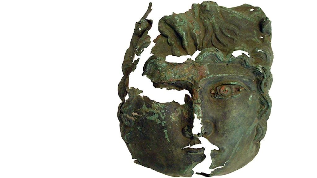 Romersk bronsmask. Foto: Marie-Louise Hellqvist, Länsstyrelsen i Gotlands län