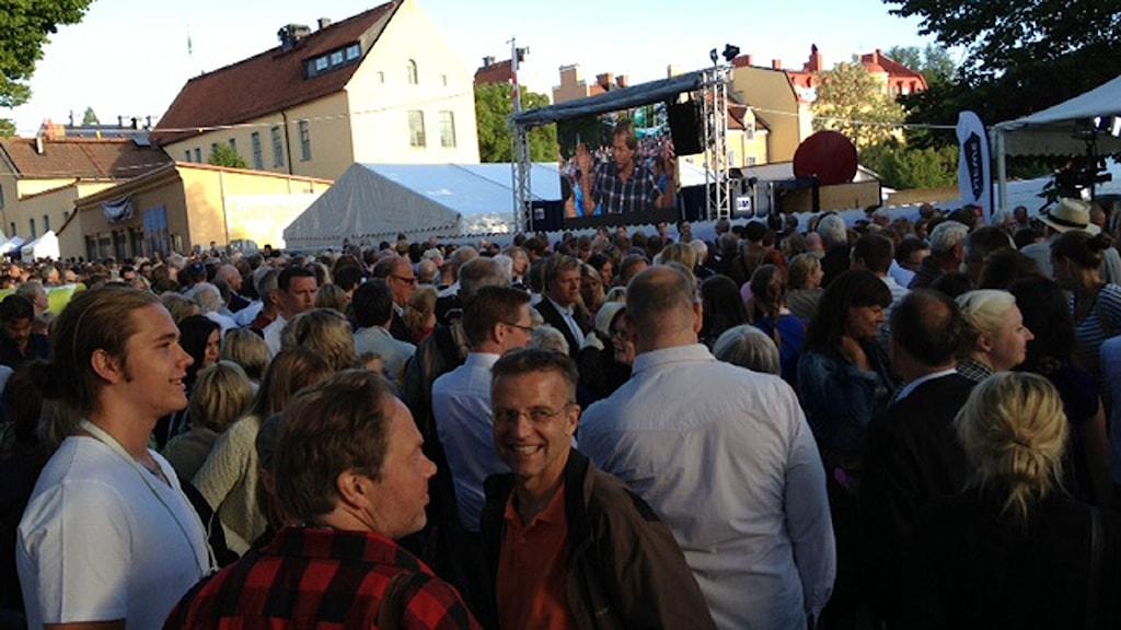 Folkvimmel i Almedalen. Foto: Jennie Persson/SR Gotland.