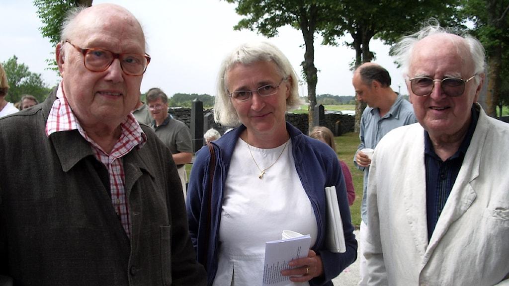 Körledaren Eric Ericson på Bergmanveckan 2007 på bilden syns han tillsammans med Radio Gotlands Eva Sjöstrand och kompositören Lars Edlund. Foto: Henrik Wallenius/SR Gotland