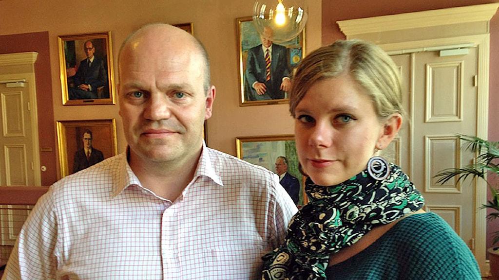 Anders Almgren (S) och Emma Berginger (MP). Foto: Sandra Svensson/Sveriges Radio