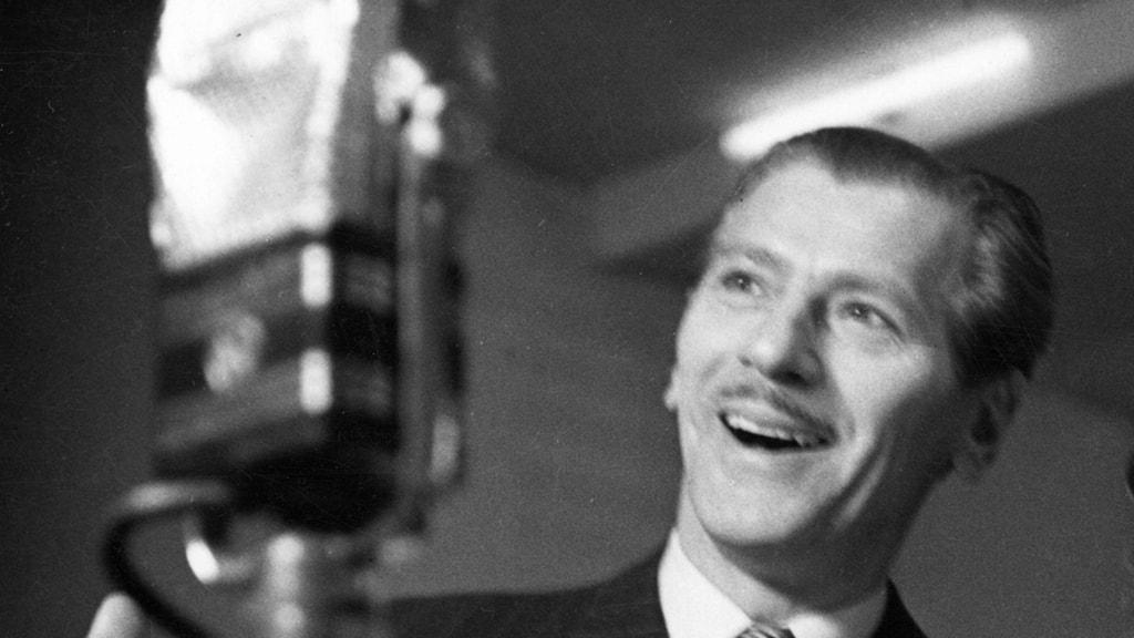 Fred Winter Och Hans Orkester - Från Varietéens Glada Dagar
