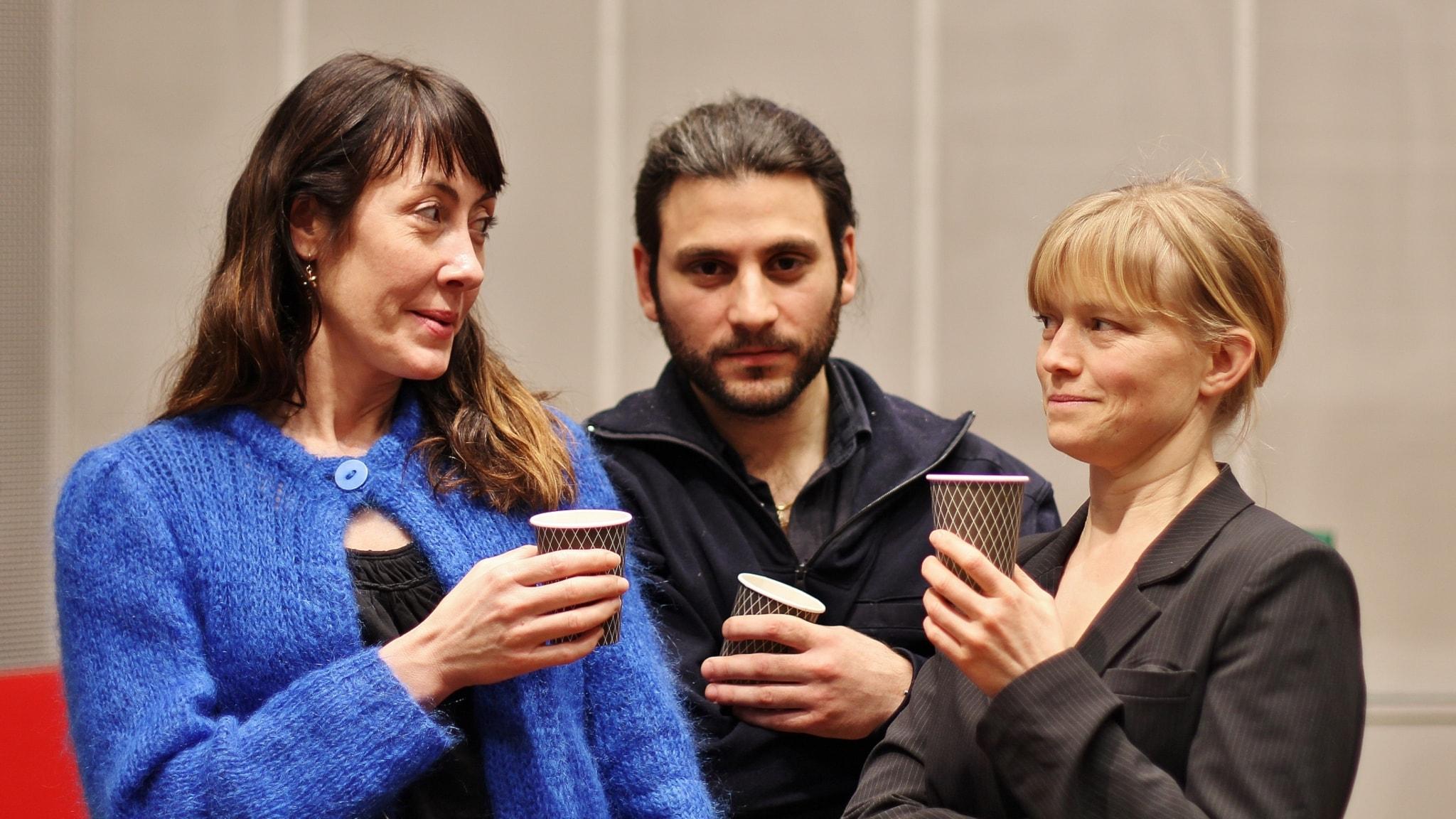 Möjliga samtal: Vem är det som bjuder på fika? av Daniel Boyacioglu