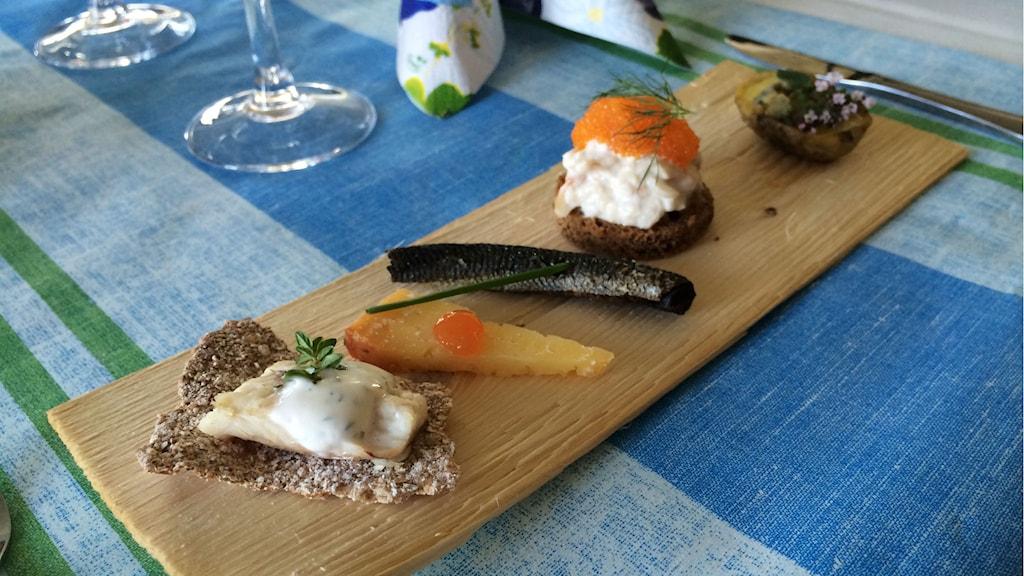 Mat från Tornedalen, sik i olika former. Foto: Linnea Luttu/Sveriges Radio.